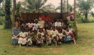 Met kinderen van het seminarium