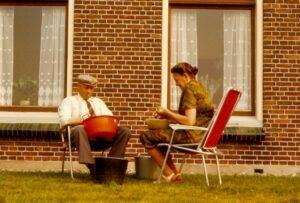 pake Hinne en beppe Oeke (1982)
